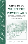 Country Living Bulletins by Storey: What To Do When The Power Fails