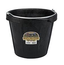 Poultry Farm Equipment - Bucket - 18 quart rubber bucket