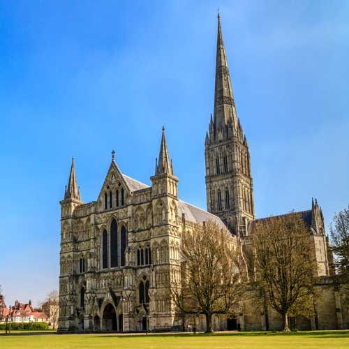 Shore Trip - Salisbury with London Transfer