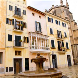 Palma de Mallorca Shore Excursions - Courtyards of Palma