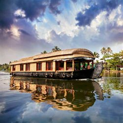 Cochin Cruise Tours - Alleppey Traditional Houseboat Cruise