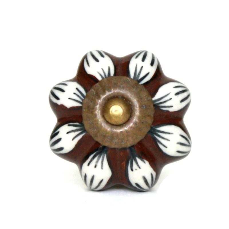 Ceramic Knob In A Contrasting Brown And White Pattern