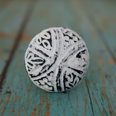 Round Metal Cabinet Knob in Distressed White Finish