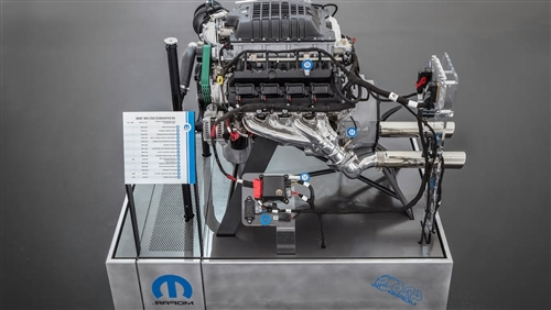 Hellephant 426 Supercharged Hemi Mopar Crate Engine P5160194