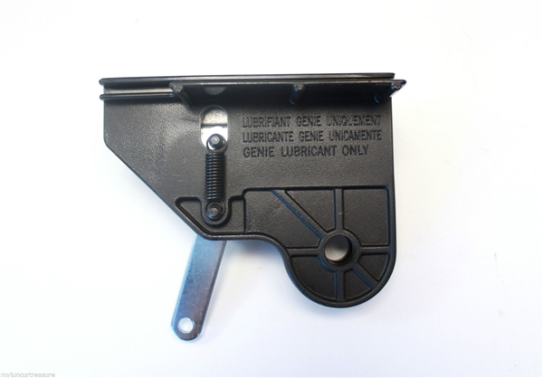 Genie garage door opener screw drive carriage