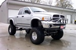 N-Fab's Wheel-to-Wheel Nerf Steps for '94-'01 Dodge Ram Regular Cab 2 Door Short Bed