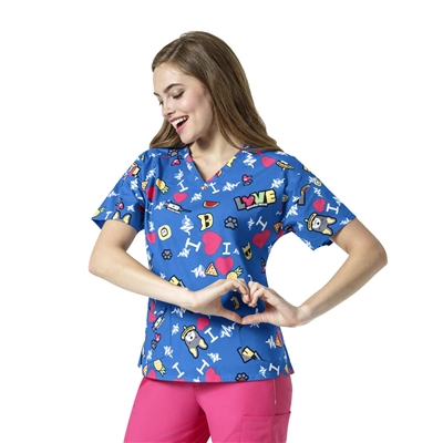I Love WonderWink Women's V-Neck Print Top in I Heart Patches