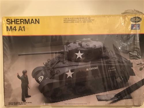 TESTORS/ITALERI 1/35 Sherman M4A1