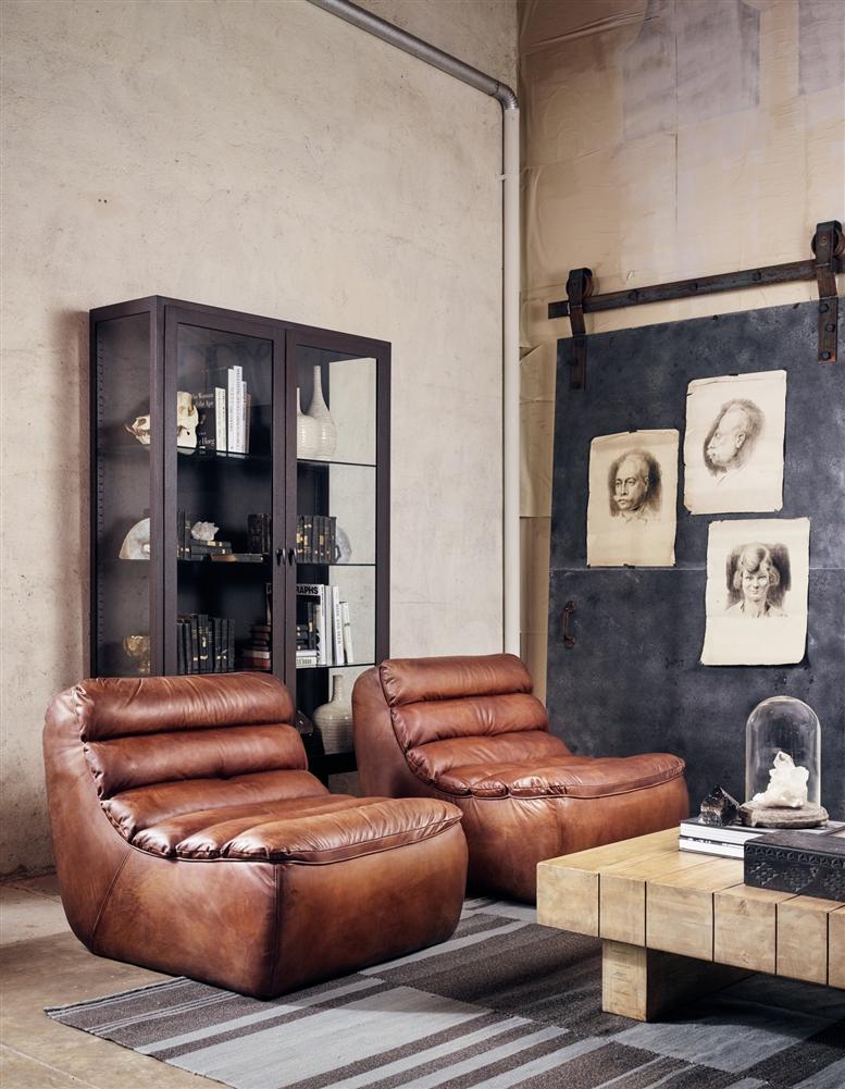 Carnegie Magna Chair