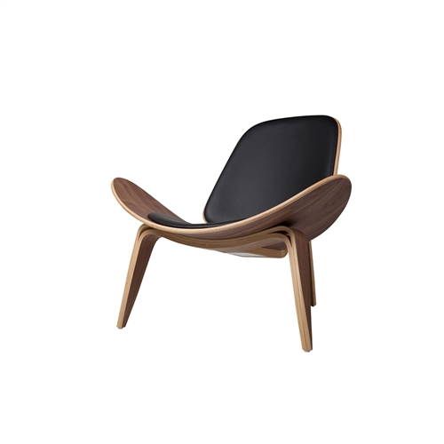 Shell Inspired Chair 07 Hans Wegner Black Leather