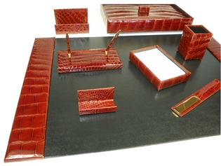 Alligator 9-Piece Desk Set