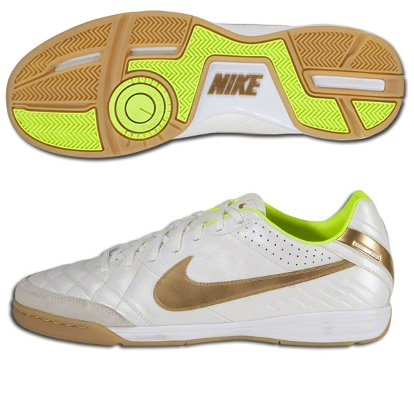 ae7cde3469c7f3 Nike Indoor Soccer Shoes