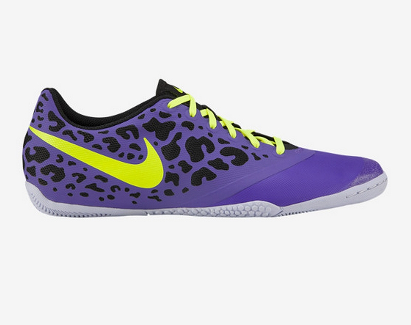 8f1aec47977 Nike Indoor Soccer Shoes