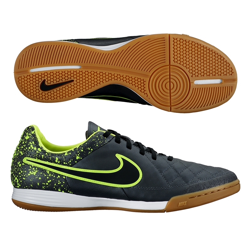 nike tiempo black indoor shoes