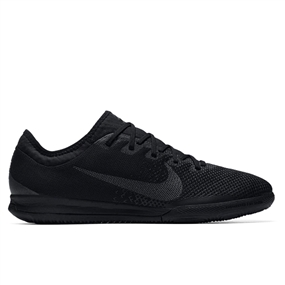 Nike VaporX XII Pro IC Indoor Soccer Shoes (Black)