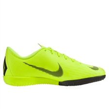 Nike Younger Kids' VaporX 12 Academy IC Indoor Soccer Shoes (Volt/Black)