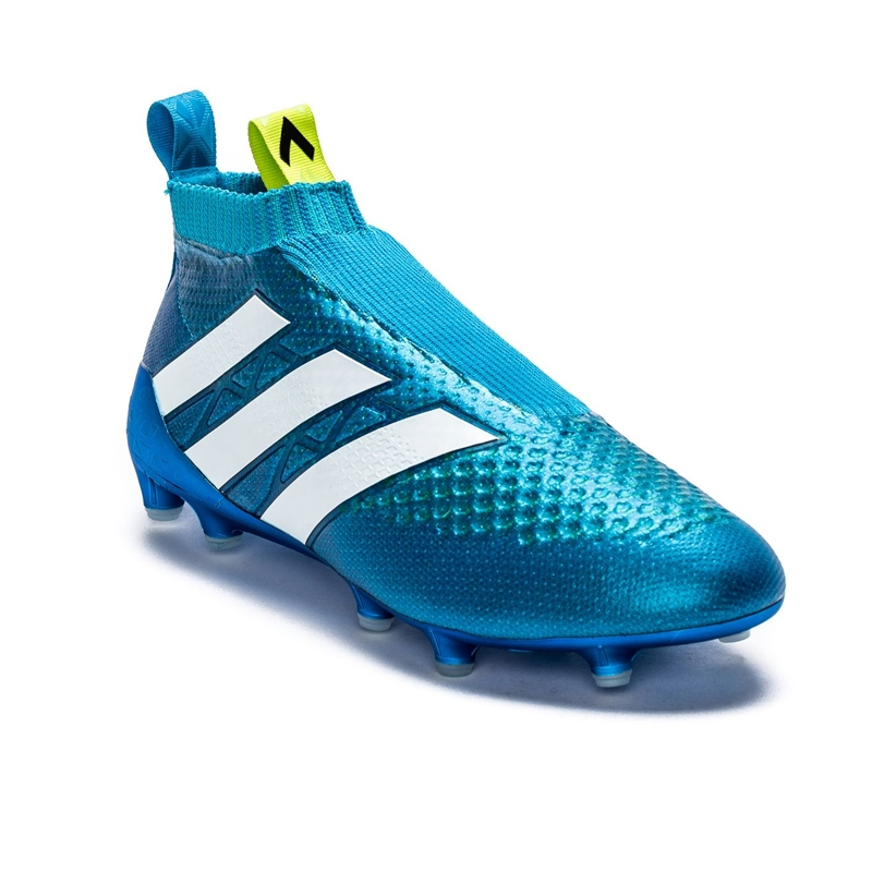 Soccer Boots Laceless
