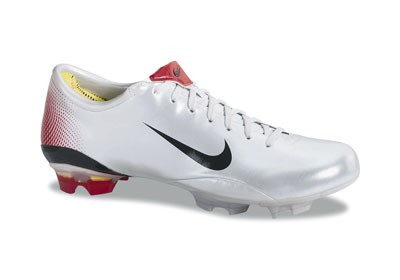 d0ab973bc8ff reduced nike mercurial vapor iii fg platinum red 38a02 0beb7