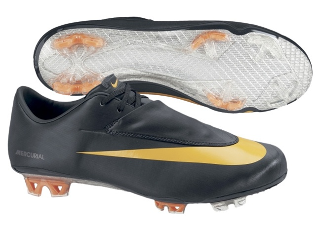 nouvelle arrivee fc856 e6d31 Nike Mercurial Vapor VI FG Soccer Cleats (Black/Circuit Orange)