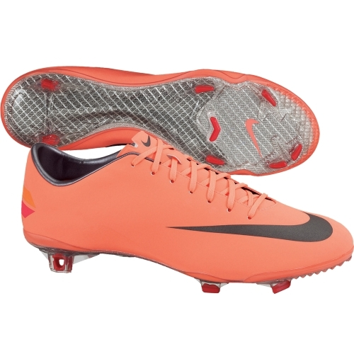 uk availability 0bf90 20362 Nike Mercurial Vapor VIII Soccer Cleats (Bright Mango/Challenge Red/Mtlc  Dark Grey)