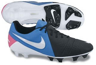 SALE  109.95 - Nike Soccer Cleats  4ca0982dc