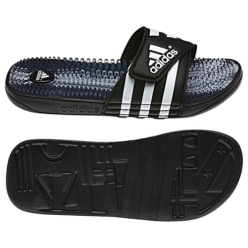 huge selection of d46c2 869be Adidas Santiossage K Youth Sandals (Black Running White), Nike ...