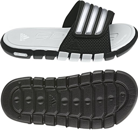 Adidas adiLight SC xJ Youth Soccer Sandal (Black/Met Silver/LightGrey)