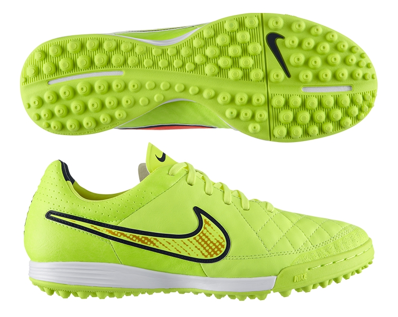 NIKE TURF SOCCER CLEATS