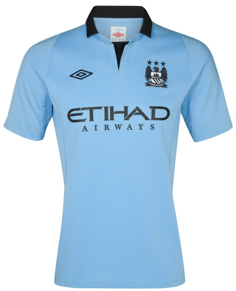 62.99 - Umbro Manchester City Youth Home Replica  12- 13 Replica ... 85ca4bfcb
