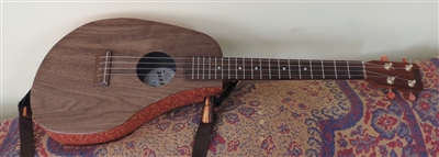 Baritone wood/laminate ukulele
