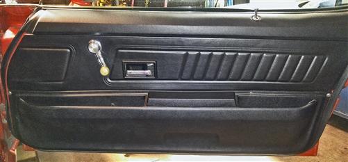 & 1972 Camaro Door Panels Set Standard Interior Center Section Pair