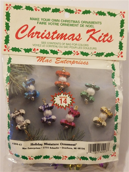 Holiday Miniature Beaded Christmas Ornament Kit
