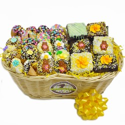 SPRING SWEETS GOURMET GIFT BASKET