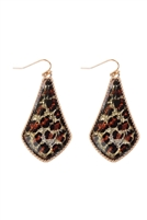 S6-6-5-AE0330GD-GLEO - GLITTER GOLD LEOPARD TEARDROP FISH HOOK EARRINGS/6PAIRS