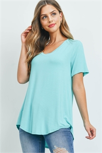 S15-8-5-AT-5541-MNT - LUXE RAYON SHORT SLEEVE V-NECK HI-LOW HEM TOP- MINT 1-1-2-2