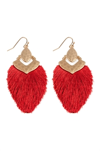 S25-3-3-B1E2508RED - DANGLE TASSEL DROP EARRINGS - RED /6PCS