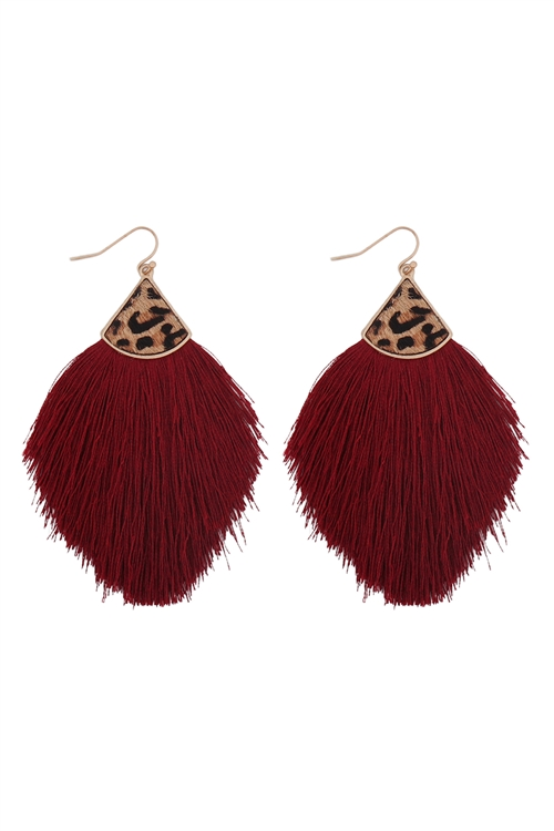 S1-2-3-B4E2441BGD - LEOPARD REAL LEATHER TASSEL  HOOK EARRINGS BURGUNDY/6PCS