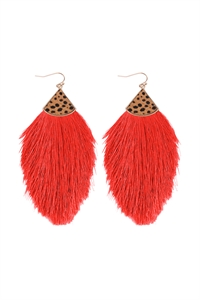 S1-3-1-B5E2239RED - REAL CALF CHEETAH HAIR PRINT W/ FEATHER SHAPED THREAD TASSEL EARRINGS - RED/6PCS