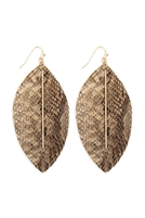 S22-9-2-CE1995WGBEG - LEATHER FEATHER SNAKESKIN FISH HOOK BAR EARRINGS - BEIGE/6PCS