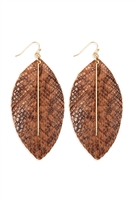 S22-9-2-CE1995WGBRN - LEATHER FEATHER SNAKESKIN FISH HOOK BAR EARRINGS - BROWN/6PCS