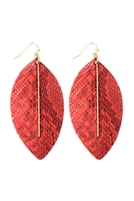 S22-9-2-CE1995WGCRL - LEATHER FEATHER SNAKESKIN FISH HOOK BAR EARRINGS - CORAL/6PCS