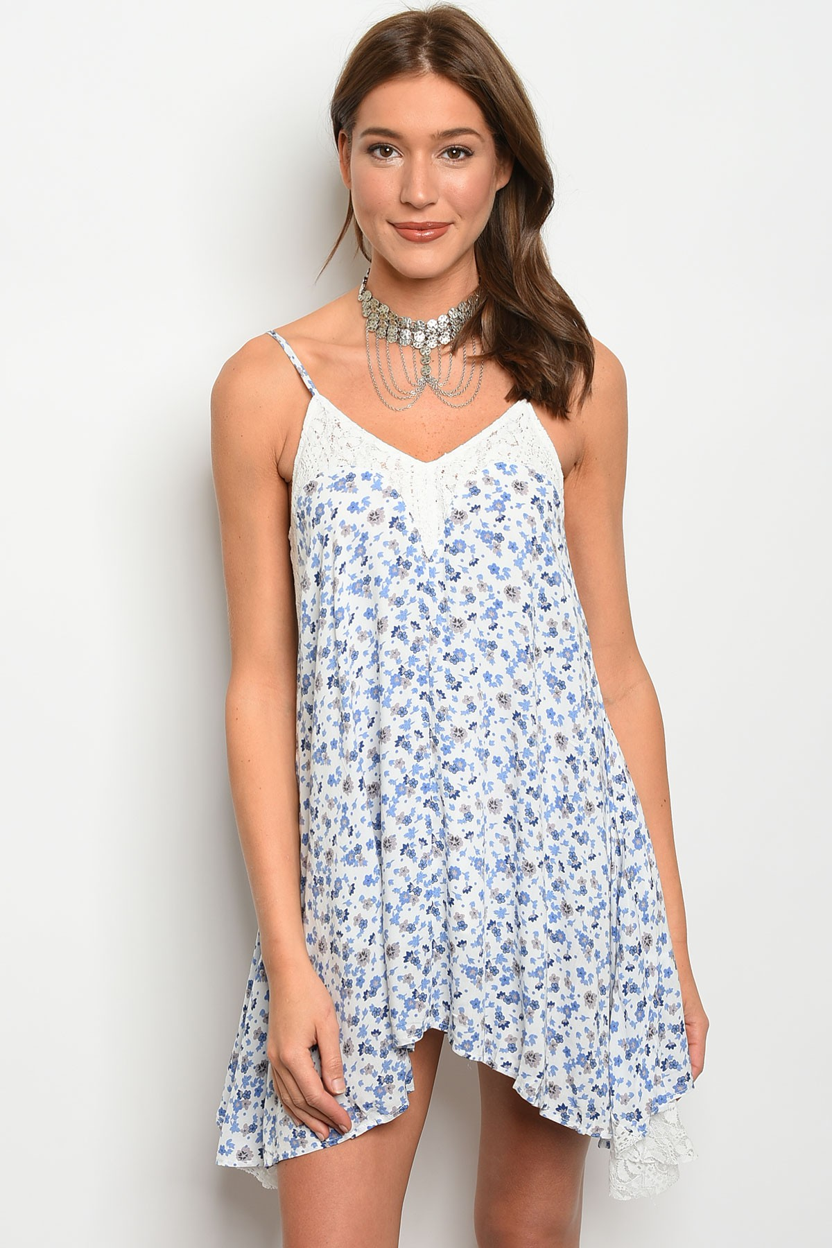 S19 3 1 d10029 white with blue flower dress 3 2 1 izmirmasajfo