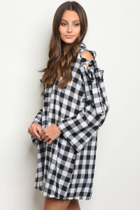 C48-A-4-DT3780 BLACK WHITE GINGHAM DRESS 2-2-2