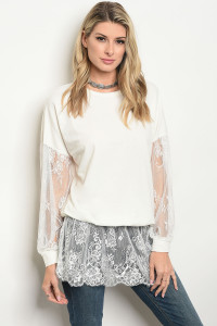 132-3-1-T11859 OFF WHITE TOP 3-2-1