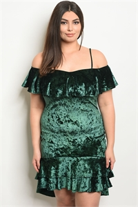 C87-A-5-D6261X GREEN VELVET PLUS SIZE DRESS 2-2-2