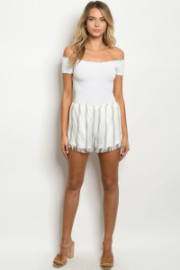 S10-8-3-S2028 IVORY CHARCOAL SHORTS 2-2-2