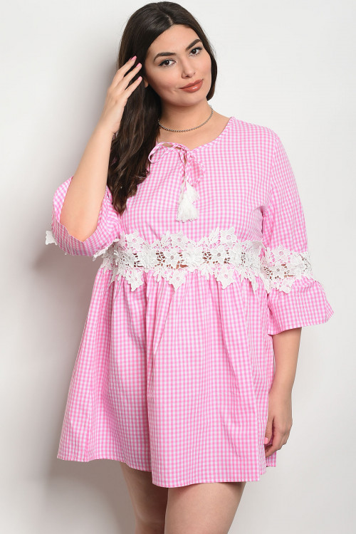 S19-1-3-D568X PINK CHECKERED PLUS SIZE DRESS 2-2
