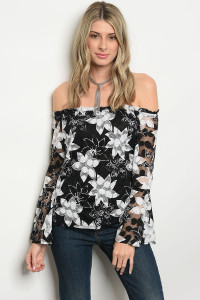 135-4-3-T118 BLACK WHITE FLOWER PRINT TOP 2-2-2