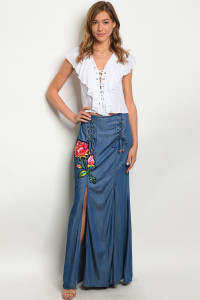 135-4-3-S03077 NAVY WITH ROSES PRINT SKIRT 3-1-2