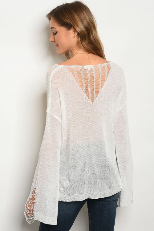108-5-1-T5043 OFF WHITE TOP 2-2-2